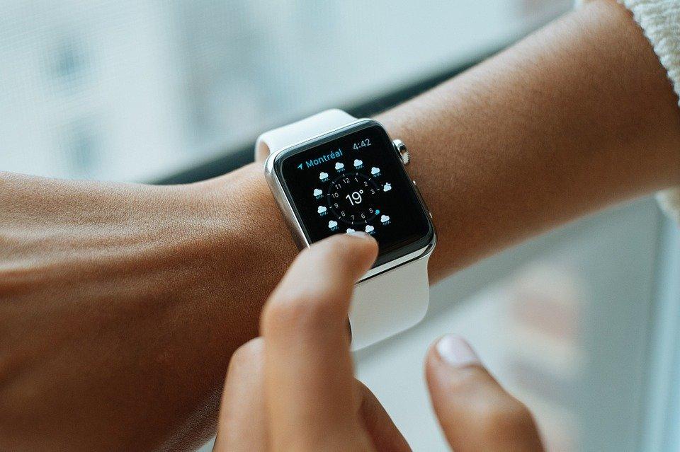 smartwatch, wearable gadget